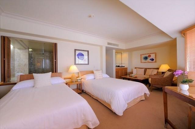 沖縄 高級ホテル ザ・ナハテラス デラックスツイン 客室