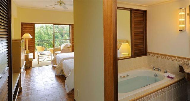 沖縄 高級ホテル ザ・ブセナテラス デラックスナチュラル 客室