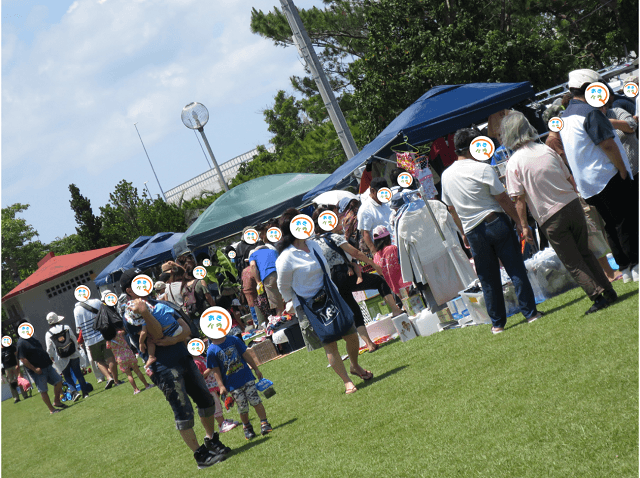 沖縄 マルシェ おきバラフリマで賑わう人々