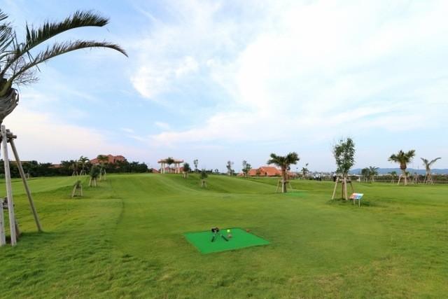 沖縄 パークゴルフ 悠々と広がる芝生