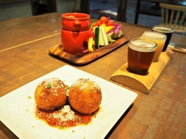 taste of okinawa 沖縄テイストのオリジナル料理