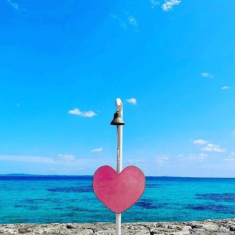 沖縄 インスタ映え 女子旅 あざまサンサンビーチ 太陽の鐘
