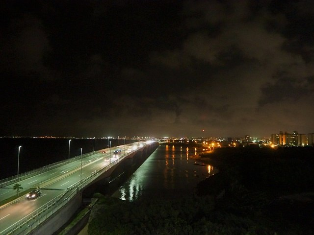沖縄 夜ドライブ 浦添西海岸線道路