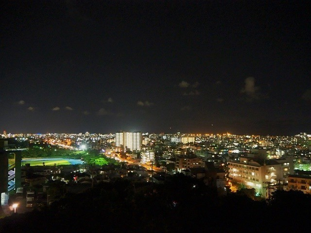沖縄 夜ドライブ 浦添大公園 展望台 別アングル