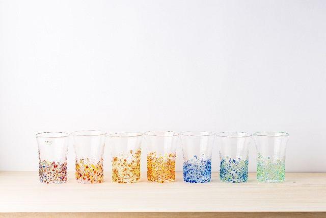 沖縄 2泊3日 モデルコース てぃだ工房 カラフルな琉球ガラスコップ