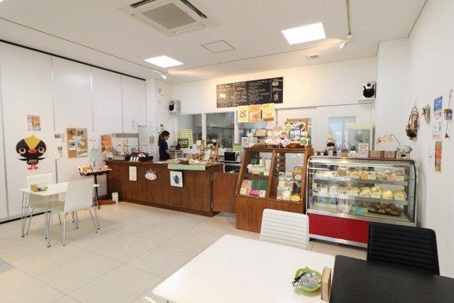 沖縄 ご当地キャラ土産 Yuicafe 店舗内観