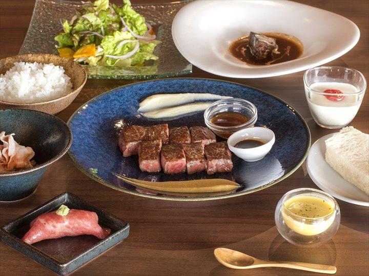 沖縄 ローカルおすすめ ステーキ 北谷 ブルーオーシャンステーキ 料理