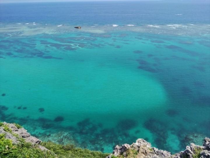 伊良部島 観光スポット イグアナ岩