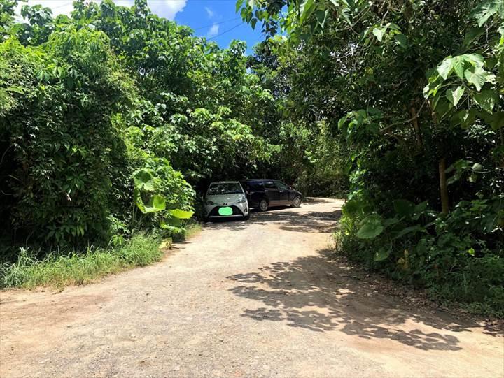 タバガービーチ 駐車スペース