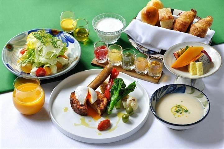 星のや沖縄 朝食 料理 イメージ