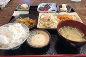 キッチンみさき|名物ヤギ刺し石垣島のリアル家庭料理をローカルすぎる食堂で