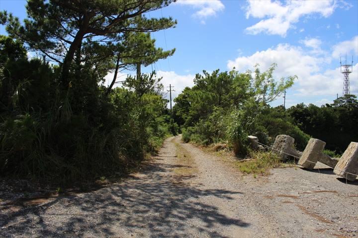 ジュゴンの見える丘 アクセス
