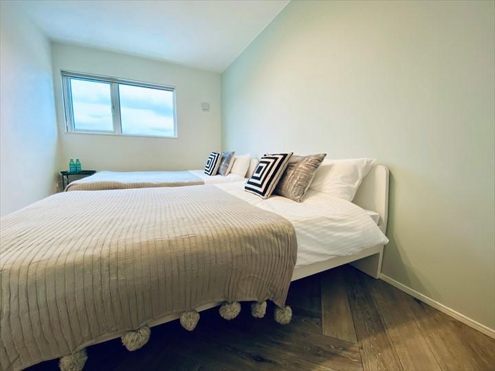 モトブテラス ベッドルーム 寝室