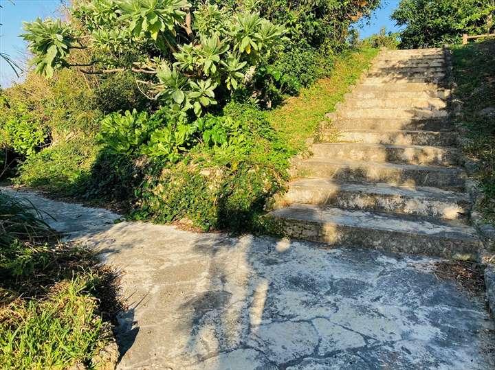 トゥマイグシク 階段