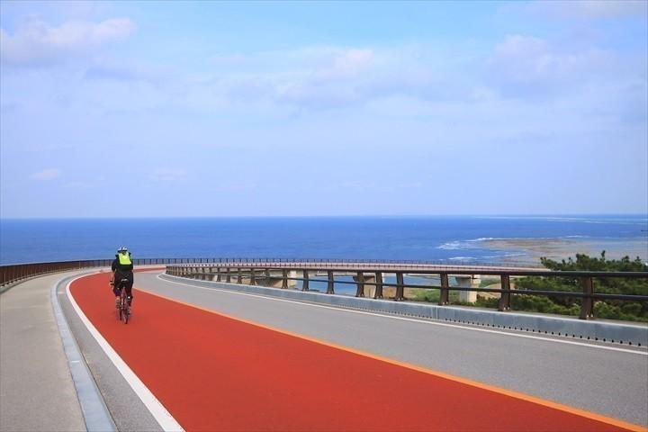 久米島 一周 てぃーだ橋