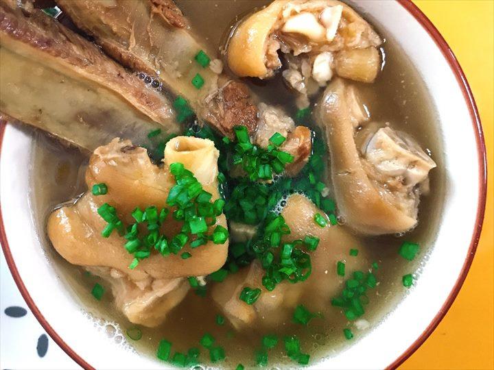沖縄料理 ソーキ 三枚肉 テビチ