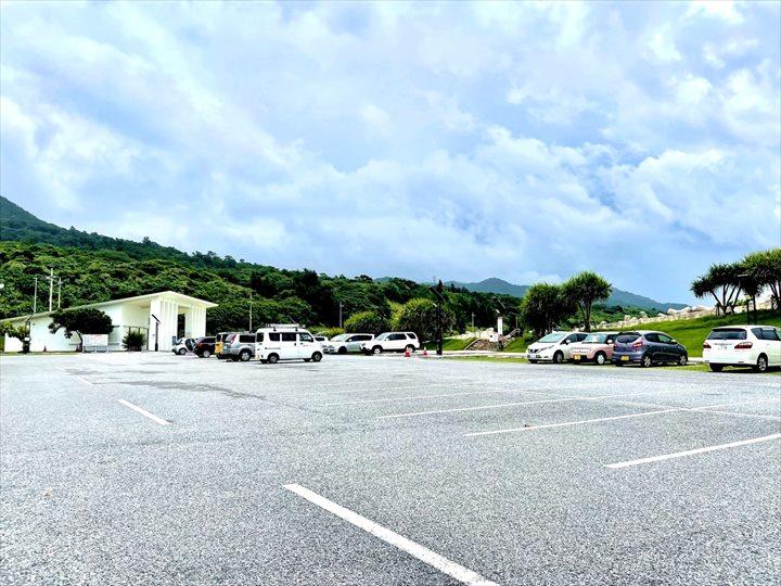 ゴリラチョップ 駐車場