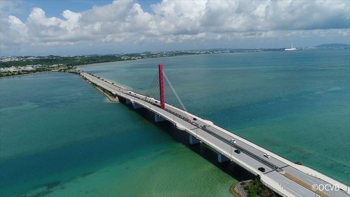 沖縄 橋 海中道路