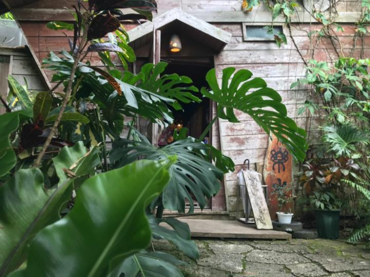 山の茶屋 楽水 入り口